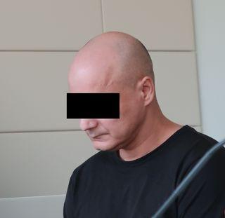 Erstangeklagter fasste 18 Monate unbedingte Haft aus.