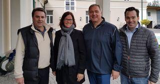 Teilbezirksgruppenobmann Wolfgang Ecker, FiW Bezirksvorsitzende Astrid Wessely, Präsident Walter Ruck und Stadtgruppenobmann Andreas Kirnberger