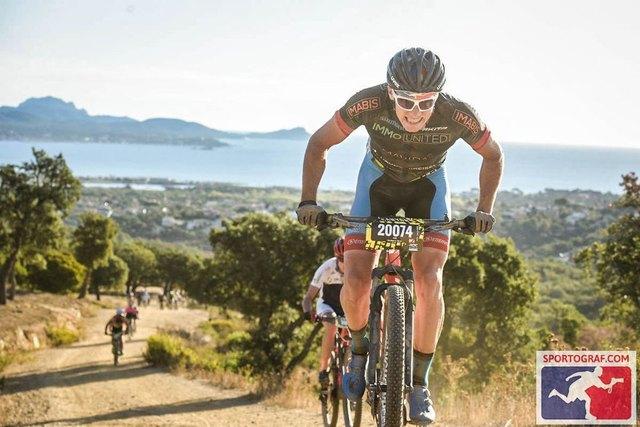 ein Traum hier zu Biken.....                               Foto: SPORTOGRAF.COM
