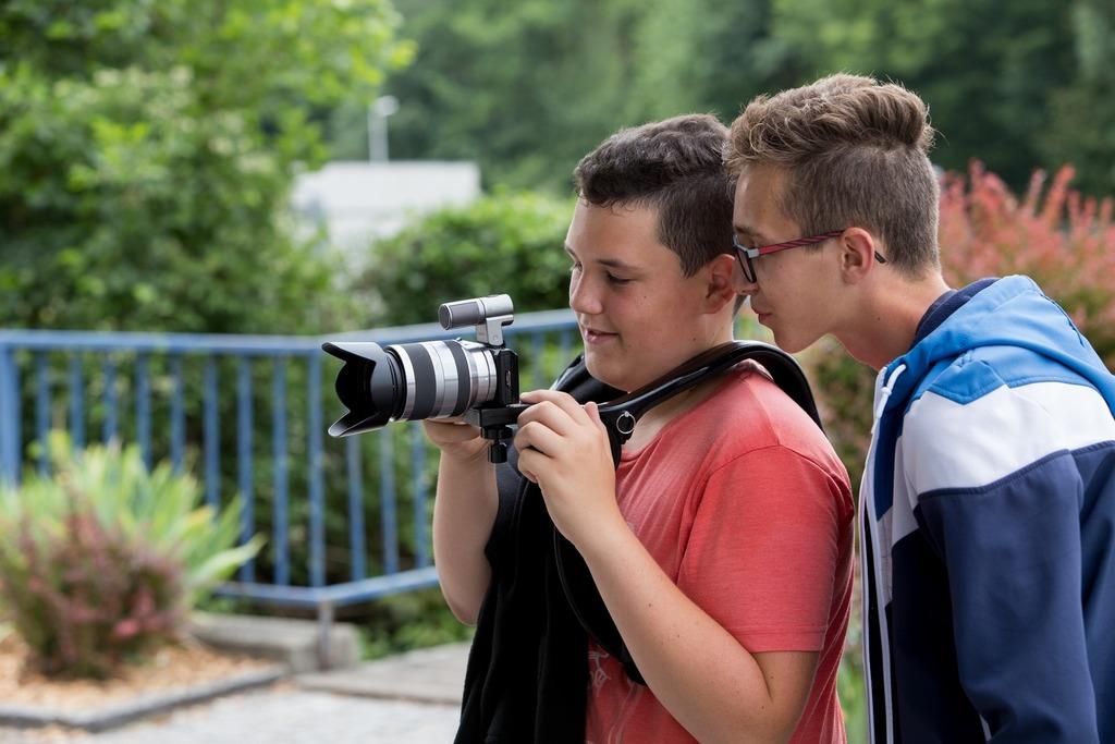 Die Schüler der Neuen Mittelschule in Altheim blickten hinter die Kulissen von professionellen Filmemachern.