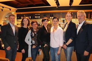 Klaus Grad, Daniela Kneidinger, Maria Streinesberger, Klara Pöschl, Michaela Steininger, Christa Bertlwieser und Herbert Mairhofer, v. l.