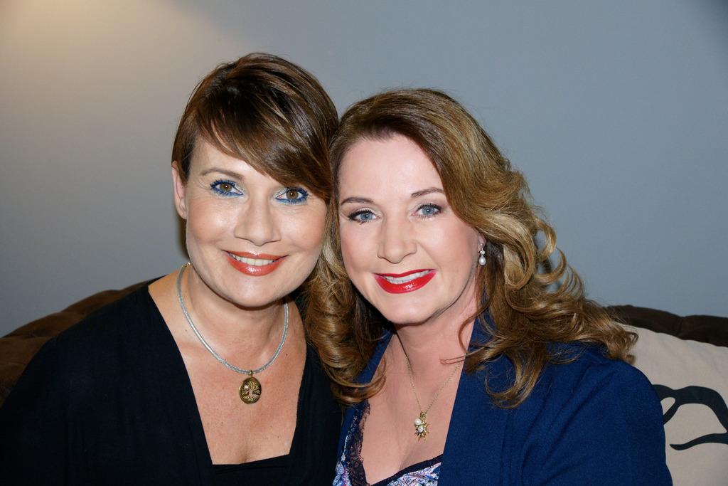 Jenny Jürgens mit Schauspielerin Gabriela Benesch
