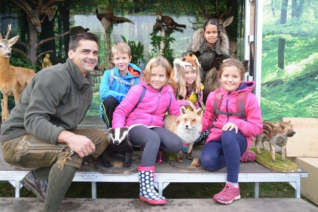 Michael Unger brachte den Kindern Waldtiere näher.