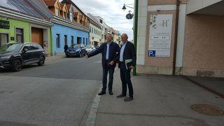 GfGR Philipp Steinriegler mit Verkehrsexperten Michael Kniha.