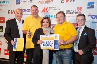 Alfred Kermer (AK NÖ), Vereinsobmann Walter Haderer, LHStv. Mag. Karin Renner, Günter Haderer, Mag. Thomas Stiegmaier, Flughafen Wien (v.l.n.r.)