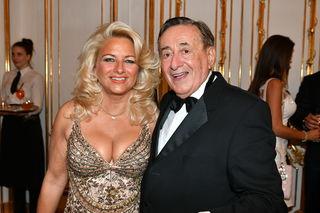 "Richard Lugner mit Sonja Schönanger alias ""Käfer""."