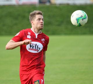 Den Ball ganz fest im Visier hatte Fabian Krismer auch im Heimspiel gegen den Sportverein Innsbruck.