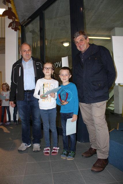 Gottfried HOFER, Mirjam und Simon OBOJES, Ossi HALLER