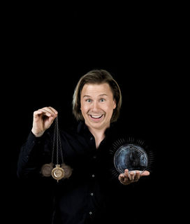 """Am kommenden Sonntag präsentiert Gernot Haas wieder eine neue Version von """"Esoderrisch"""" im Grazer Orpheum."""