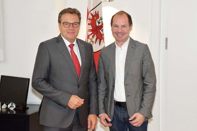LH Günther Platter gratulierte Matthias König zur neuen Funktion.