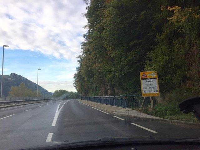 Eine Umleitung über Achatzberg wird eingerichtet.