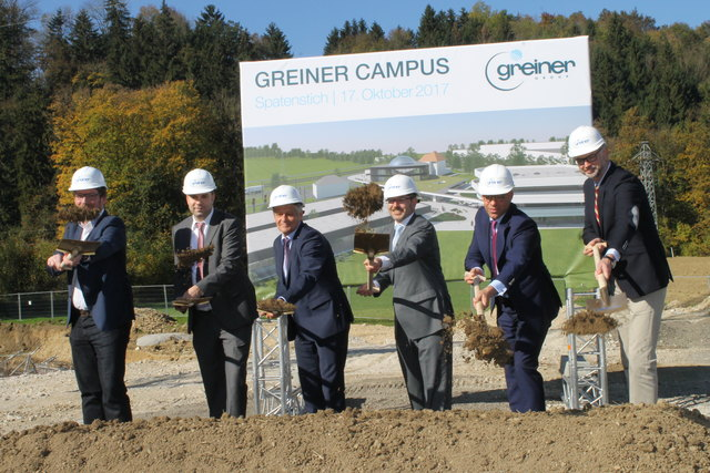 Der Spatenstich für den Greiner Campus erfolgte am 17. Oktober.