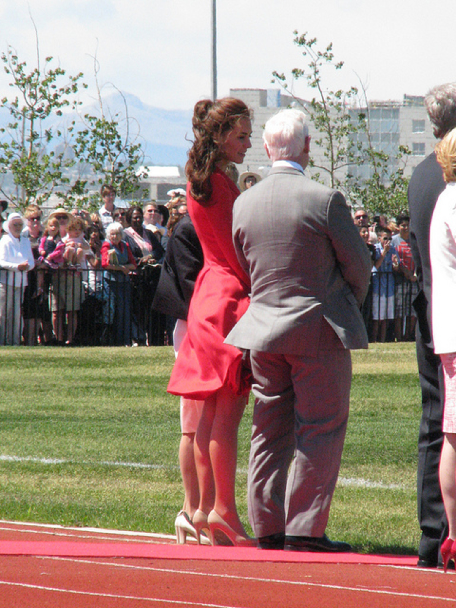 Kate Middleton Schwangere Herzogin Zeigt Neue Frisur