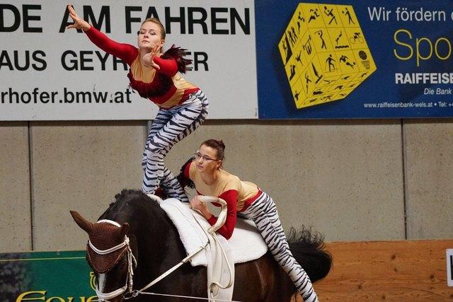 Gschwandts Voltigierer zeigten bei den Landesmeisterschaften wieder ihr Können.