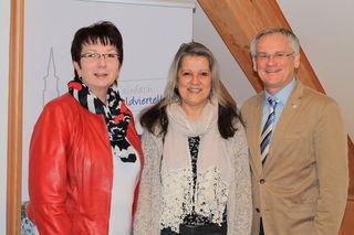Gerlinde Oberbauer, Christa Steindl und Bürgermeister Robert Altschach.