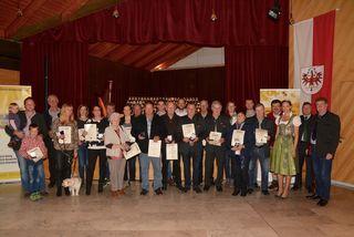 Die Goldprämierten Honigmacher aus dem Bezirk Kufstein in Kematen.