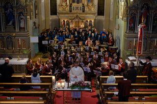 Die Musikkapelle und die Sängerrunde Arzl i. P. laden zur Cäcilienmesse ein.