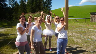 Schlag den Bräutigam oder die Braut! Teilnahme? www.meinbezirk.at/coolesding.