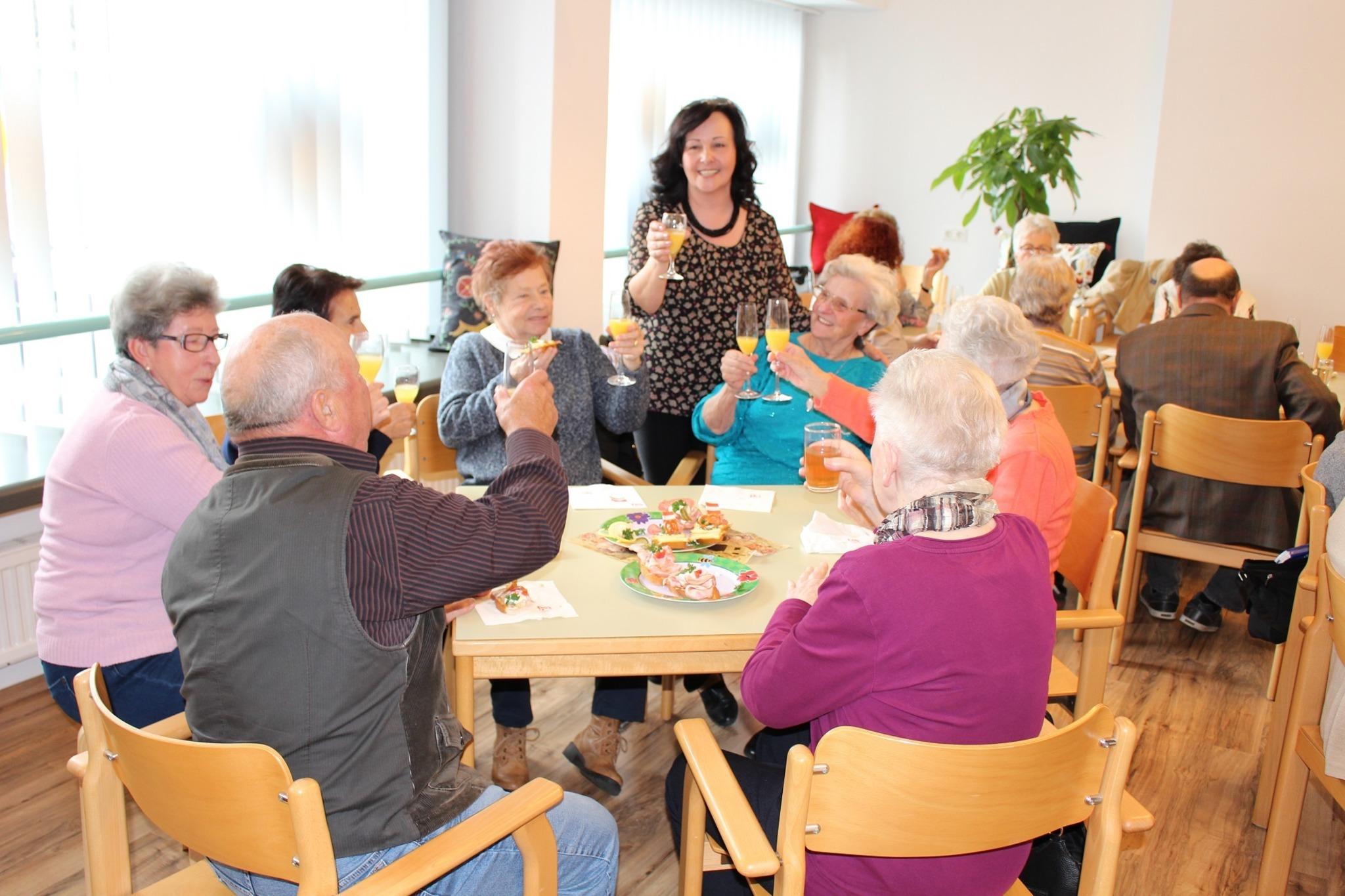 Lerchenfeld frau single Partnersuche naturverbunden