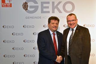 LR Tratter (re.) und TGV-Präsident Schöpf laden Gemeinden dazu ein, ihre Projekte für den GEKO 2018 einzureichen.