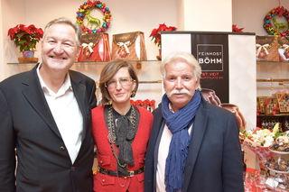 Andrea Böhm gratulierten auch Wirtschaftskammer-Bezirksstellenleiter Robert Meisslitzer und Wirtschaftskammer-Bezirksobmann Freddy Bein