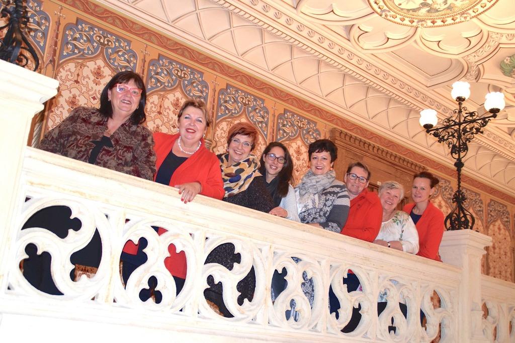 Frauenpower pur: Sabine Pausch, Helene Fuchs-Moser, Monika Schmied, Andrea Riefenthaler, Elke Setik, Gabriele Fürhauser, Gerta Bösmüller und Andrea Wimmer.