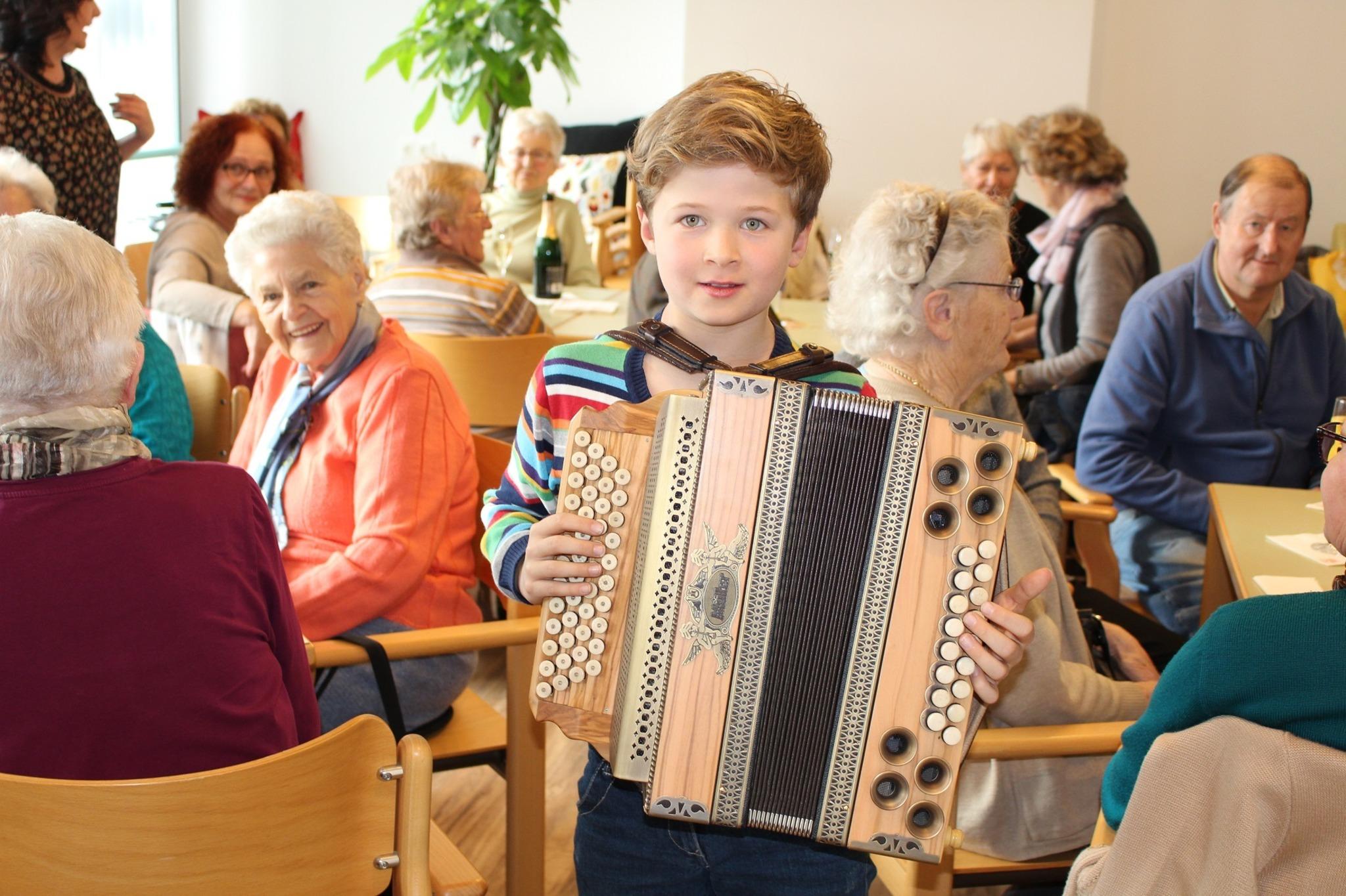Senioren kennenlernen aus hafendorf. Ramsau am dachstein