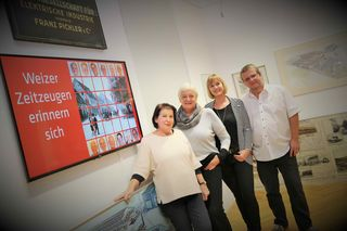 Das Projektteam: Sonja Kaar, Traude Vidrich und Monika Wilfurth gemeinsam mit Herausgeber Harald Polt vom Museumsverein.