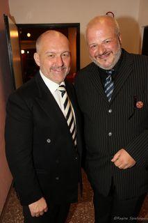 In der Theater- und Musikwelt ist es wichtig, sich auszutauschen. Wolfgang Gratschmaier von der Volksoper mit Intendant der Wientalbühne Erich Baumgartner.