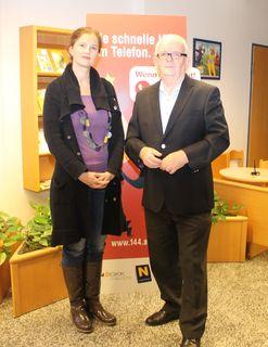 v.l.n.r. Mag. Alexandra Seferovic (Klinische- und Gesundheitspsychologin) und Wolfgang Marchart (Leiter Service-Center Mistelbach der NÖ Gebietskrankenkasse)