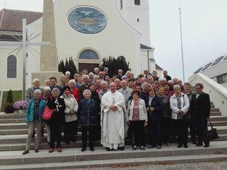 Der Abschlussausflug führte die Senioren samt einigen Zwischenstationen zum singenden Pfarrer Brei nach Deutschkreutz.