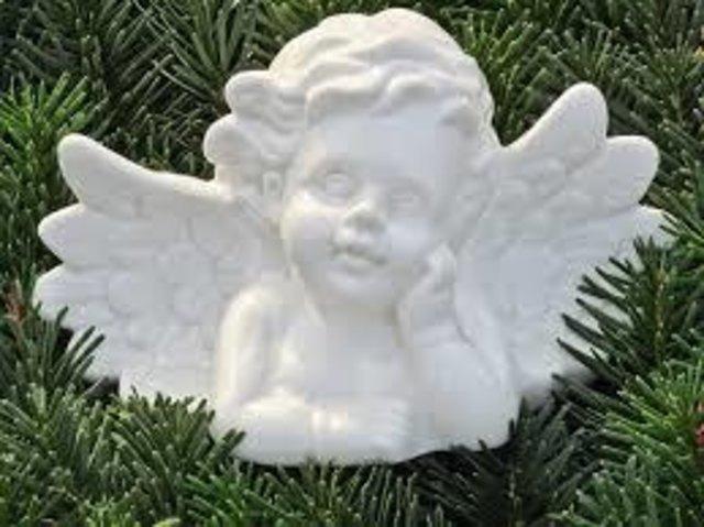 Engel umschweben uns, wo wir auch gehn ...