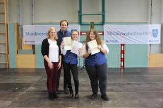 Michaela Bauer und Robert Corazza (BAG Gänserndorf), Alissa Kadlec und Cornelia Feitsinger (MV Strasshof)