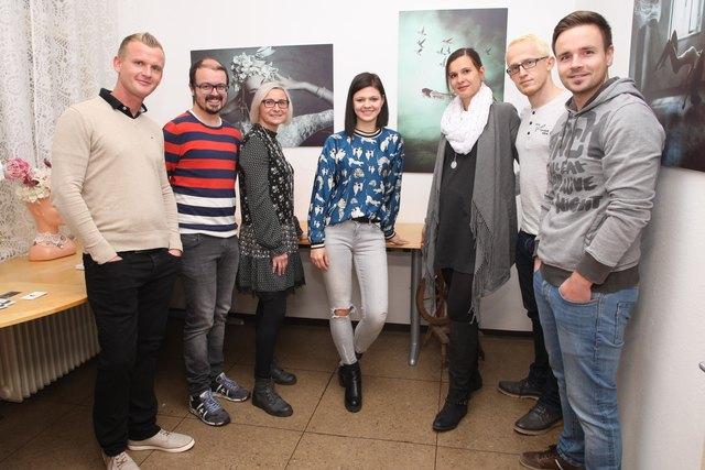 Viele Besucher kamen zur Eröffnung des Fotostudios von Evgenia Rieger.