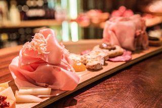 Genießen auf Spanisch – am Freitag, 24.11. ab 19 Uhr bei Plangger Delikatessen in Oetz