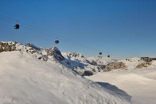 Seit der Wintersaison 2016/17 gelangen Wintersportler über die Flexenbahn in alle Orte des Arlbergs. Damit entstand das größte zusammenhängende Skigebiet Österreichs.