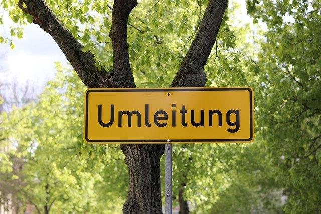 Entfernung von Hainburg an der Donau nach Treffen am