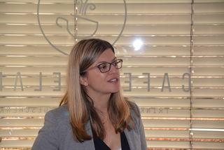 Kristina Flatischler beim Vortrag