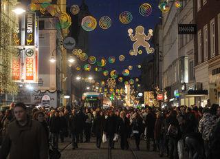 Auch heuer werden wieder zahlreiche Menschen bei weihnachtlichem Ambiente in der Linzer Innenstadt erwartet.