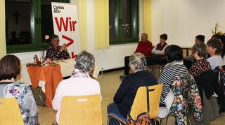 Der Vortrag von DGKP Annelies Unterweger fand reges Interesse.