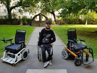 Iljas Jusic vermisst seine Rollstühle. Sie standen am Radabstellplatz im Gemeindebau. Nun sind sie weg.