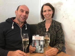 Ein Prosit auf Buch: Christian Prantner & Freundin Elisabeth Halvax