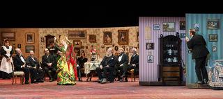 Martin Reinke (Wassilij Danilowitsch Woschewatow), Dörte Lyssewski (Charita Ignatjewna Ogudalowa), Marie-Luise Stockinger (Larissa Dmitrijewna), Peter Simonischek (Mokij Parmenowitsch Knurow), Michael Maertens (Julij Kapitonowitsch Karandyschew); Ensemble