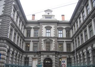 Das Palais Strozzi: Jahrelang wurde versucht, durch die Öffnung mehr Grünraum für die Josefstadt zu gewinnen.