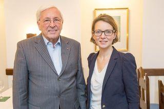 Starten ein neues Projekt: Günter Maderna und die Vorsitzende der Generationenkommission, Elisabeth von Pföstl.