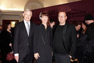 Prof. Elmayer, Direktorin Monika Kycelt und Designer Hans Christia Hörl bei der Eröffnung