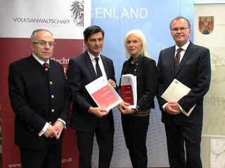 Landtagspräsident Christian Illedits (2. v. li.) mit den Volksanwälten Peter Fichtenbauer, Gertrude Brinek und Günther Kräuter
