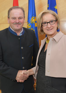 Eduard Köck und Landeshauptfrau Johanna Mikl-Leitner.