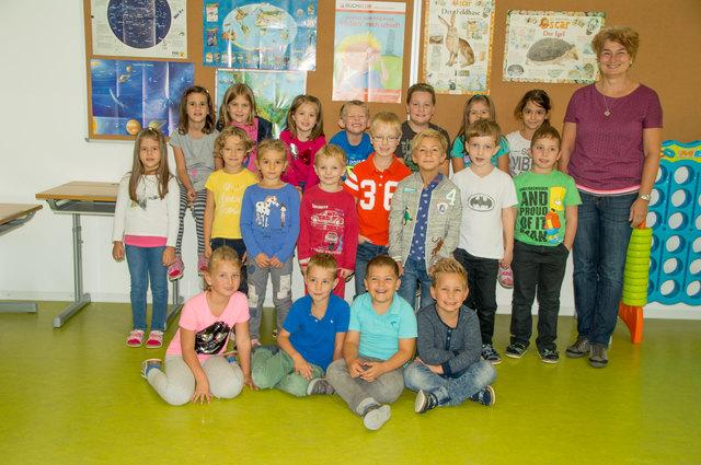 VS Kirchberg, 1a: 19 Schüler lernen heuer erstmals schreiben und rechnen beim Klassenvorstand unter Ulrike King in Kirchberg.