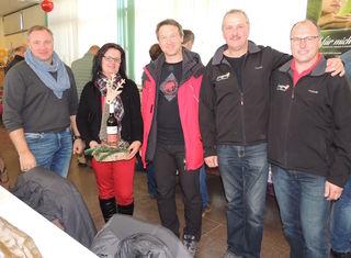 Peter Pacher und Manfred Cernoga (re) freuten sich über zahlreiche Besucher beim 14. Weihnachtsmarkt.